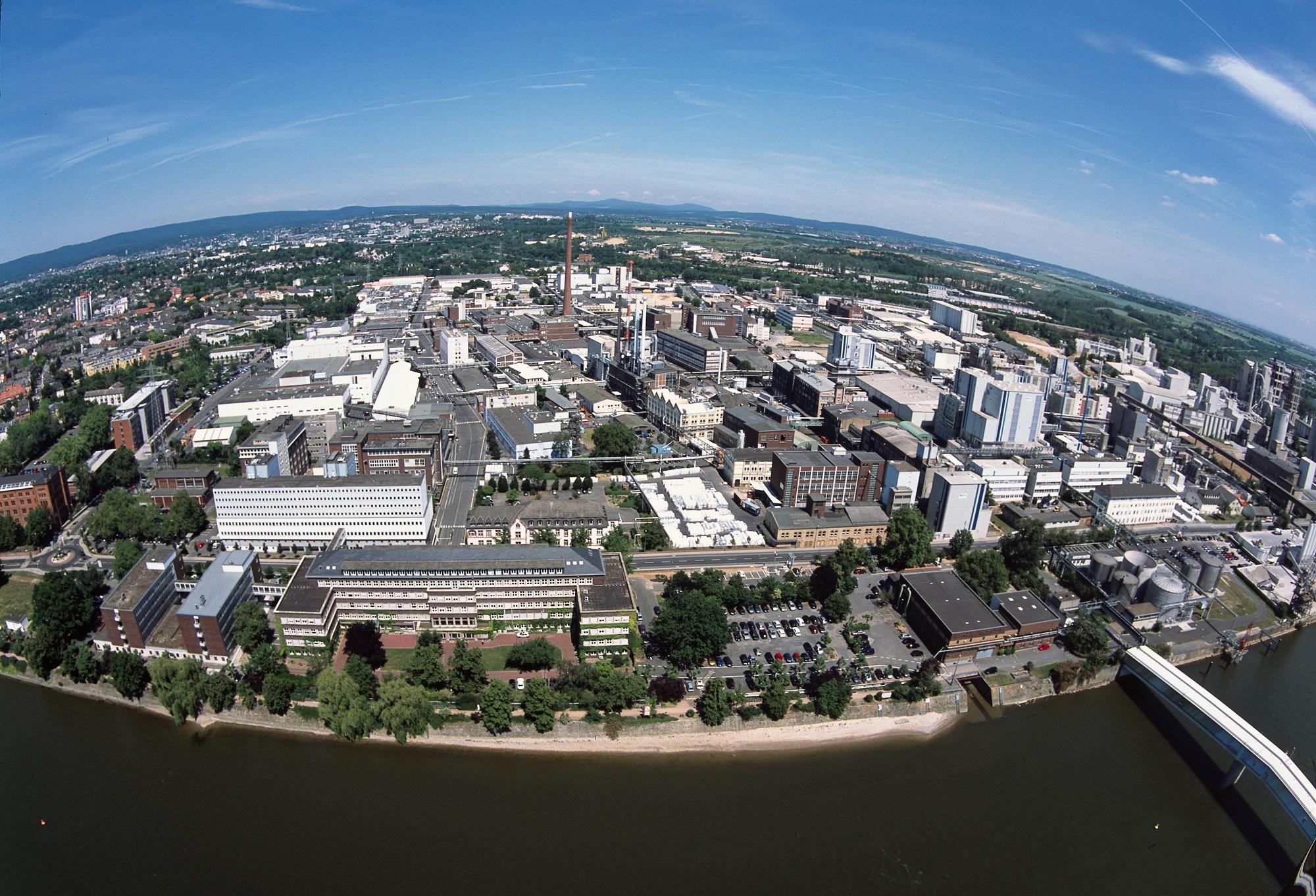 Industriepark Kalle-Albert aus der Vogelperspektive (Foto: Infraserv Wiesbaden)