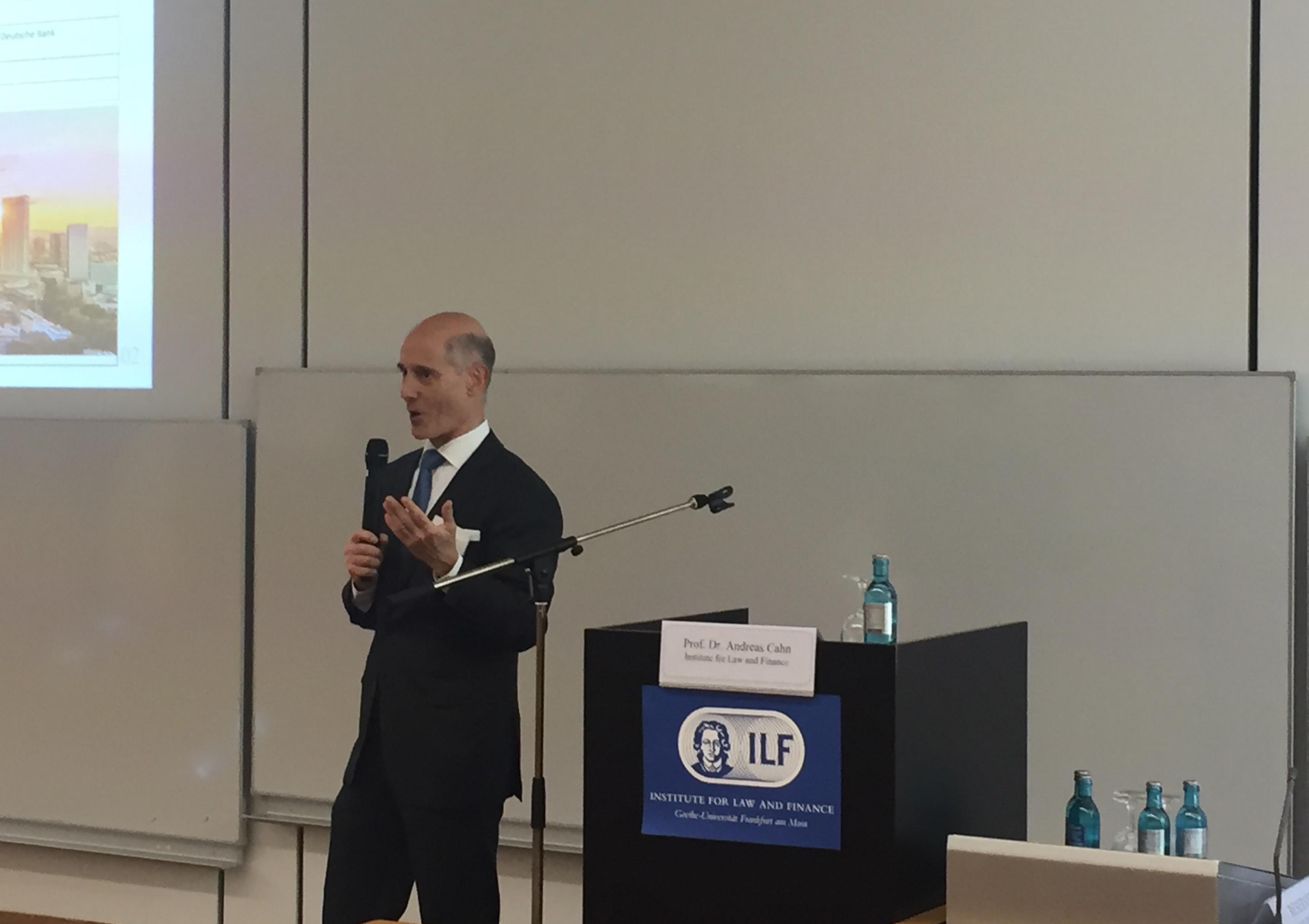 Prof. Dr. A. Cahn eröffnet die Jubiläumsveranstaltung