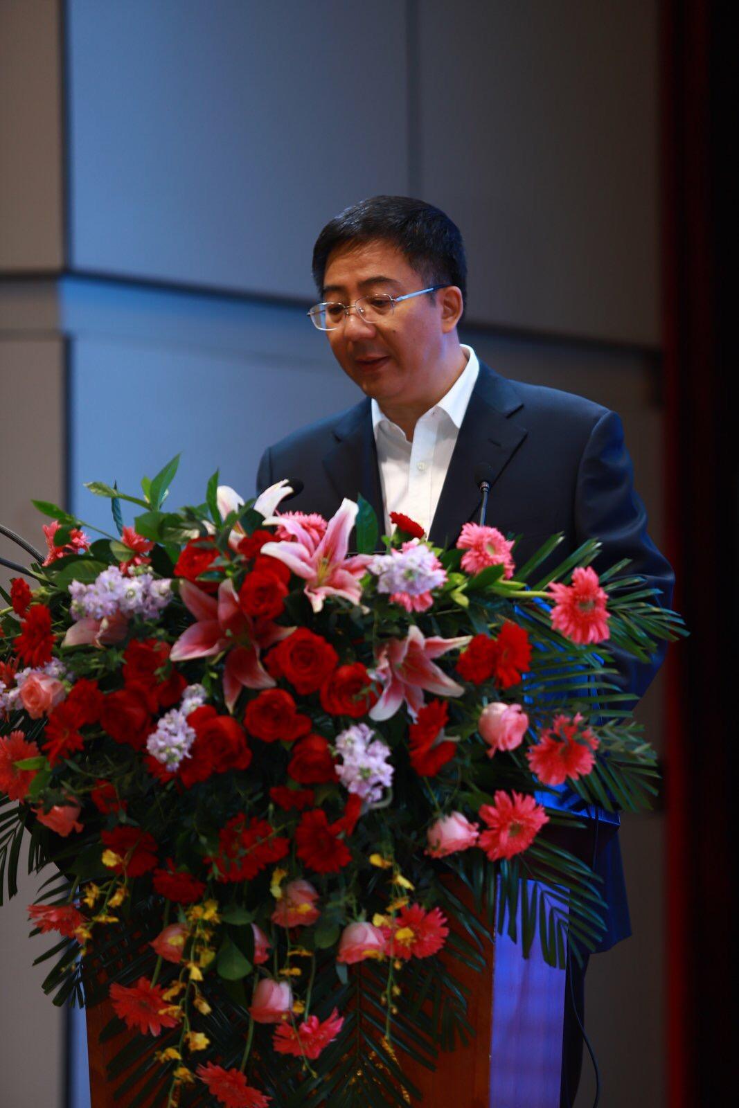 Grußwort in Hebi durch HE Songhao, stv. Leiter des Handelsministeriums der Provinz (Quelle: Ouzhou Shibao)